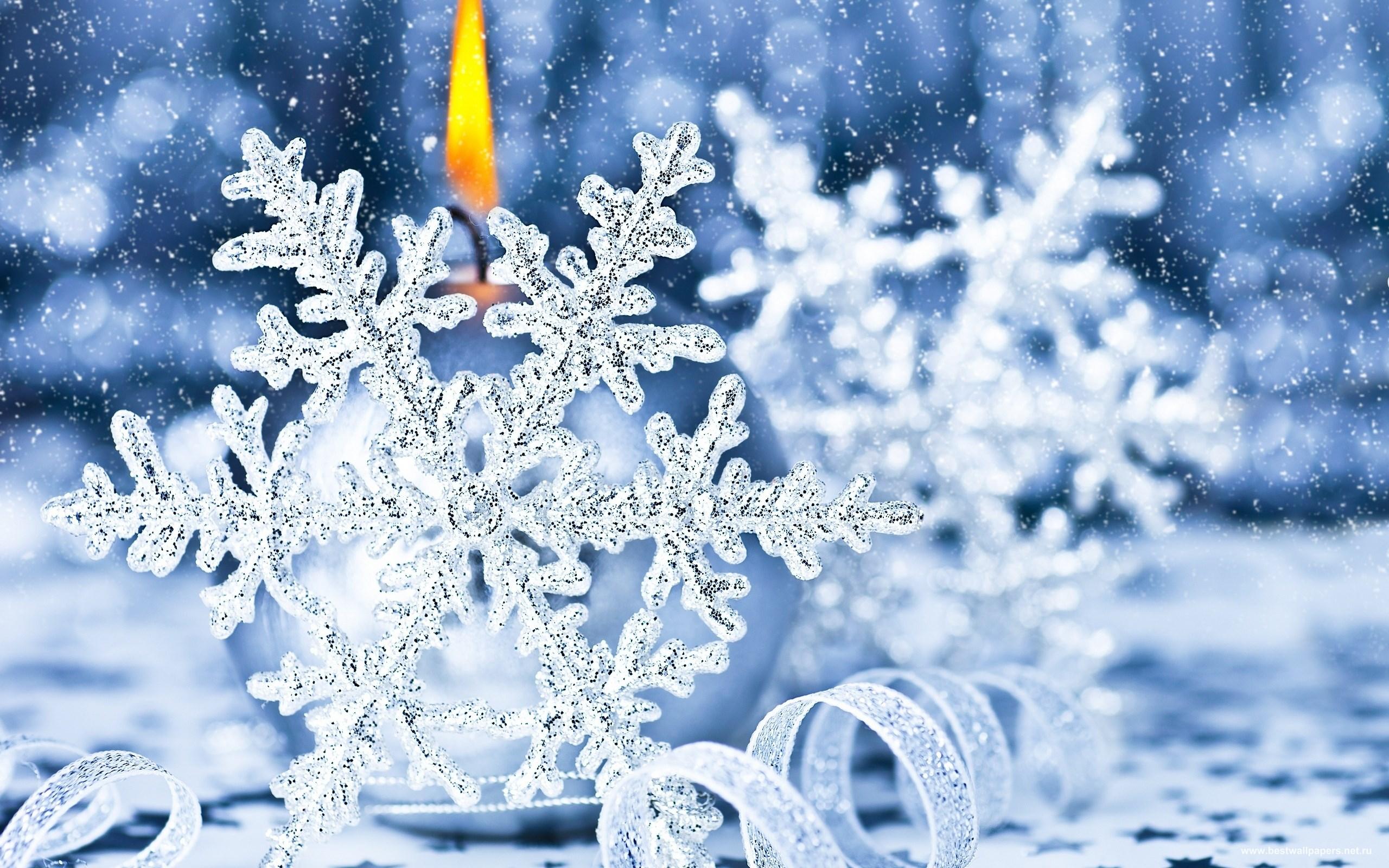Обои новогодние снежинки для рабочего стола